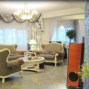别墅简欧小客厅