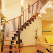 简约风格阁楼旋转楼梯装饰