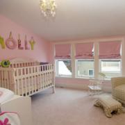 儿童房阁楼粉色卧室