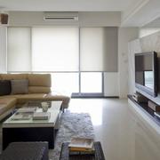 90平米房屋简约客厅窗户装饰