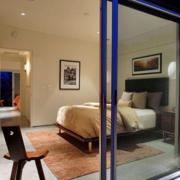 简约风格卧室玻璃推拉门装饰