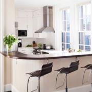 美式简约风格U型厨房吧台装饰
