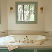 素雅卫生间浴缸