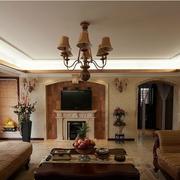美式风格客厅吊顶展示