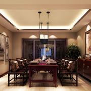中式餐厅深色系桌椅装饰