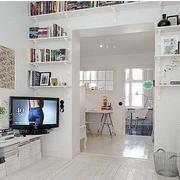 北欧风格小户型客厅置物架装饰