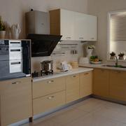 厨房原木色小橱柜