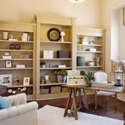 日式客厅原木书架装饰