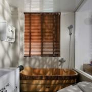 日式简约风格卫生间浴缸装饰