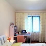 儿童房卧室小书桌展示