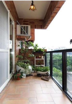美式小户型阳台装修效果图