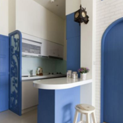 地中海风格浅色厨房吧台装饰