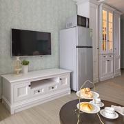 公寓客厅海藻泥电视背景墙