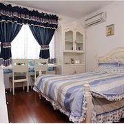 美式田园风格卧室飘窗装饰