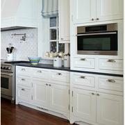美式整体式厨房橱柜装饰