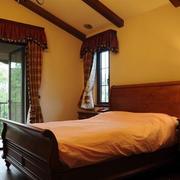 美式卧室床头柜装饰