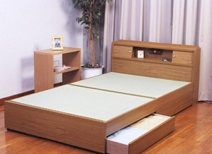 日式原木榻榻米床装饰