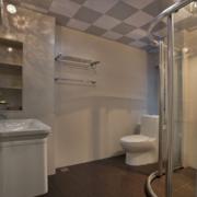 卫生间简约风格密集式吊顶装饰