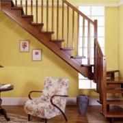 美式风格深色系楼梯装饰