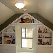 斜顶阁楼置物柜设计