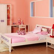 现代简约风格粉色系墙饰装饰