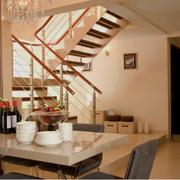 跃层式家居楼梯