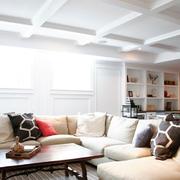 欧式简约风格客厅石膏线设计
