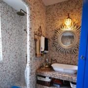 卫生间别致瓷砖展示