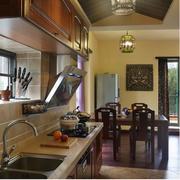 厨房简约风格深色桌椅装饰