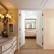 欧式风格卫生间浴柜装饰
