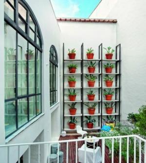 6平米唯美阳台花架装修效果图