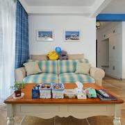 地中海客厅沙发装饰