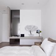 后现代风格白色系卧室装饰