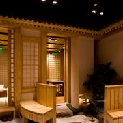 原木色的饭店欣赏