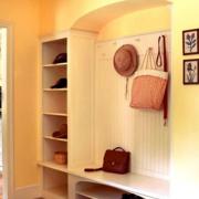北欧风格清新开放式鞋柜装饰