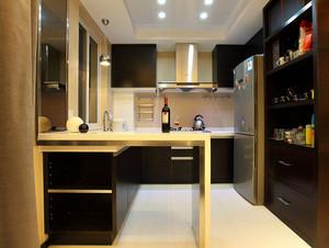 复式楼厨房简约吧台装饰