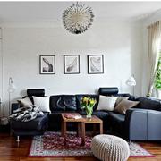 北欧风格小户型简约客厅皮制沙发装饰