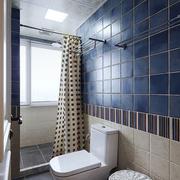 卫生间蓝白色瓷砖装饰