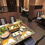 火锅店餐桌椅布置