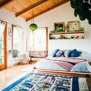 北欧风格卧室窗户装饰