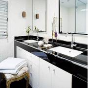 后现代风格卫生间镜饰装饰