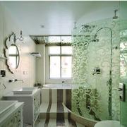 地中海风格卫生间印花玻璃隔断