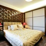 东南亚清新房间镂空背景墙装饰