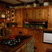 欧式复古厨房橱柜装饰
