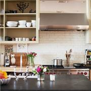 美式混搭风格厨房置物架装饰
