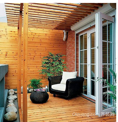 东南亚小户型阳台装修效果图