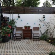 中式简约浅色阳台桌椅装饰