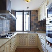 U型厨房简约风格橱柜装饰