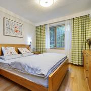 日式风格卧室原木床饰装饰