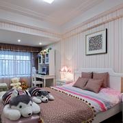 简约风格石膏板卧室壁纸装饰